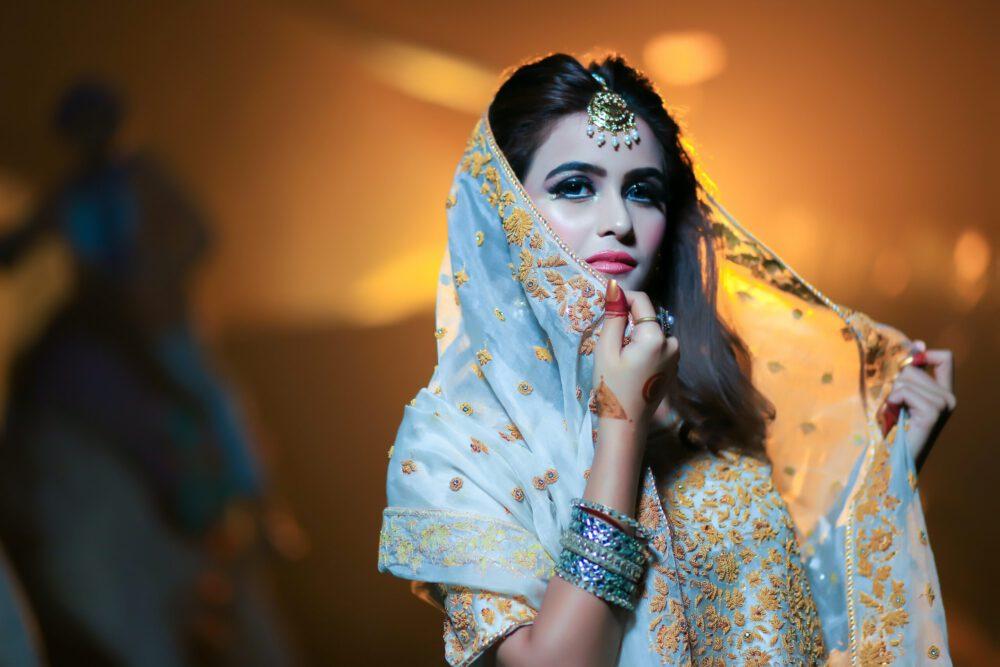 ragazza indiana